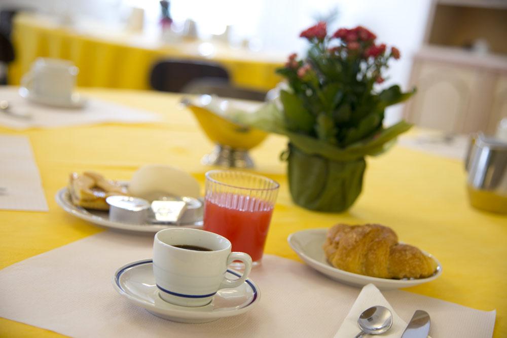 colazione servizi centro della famiglia hospitality