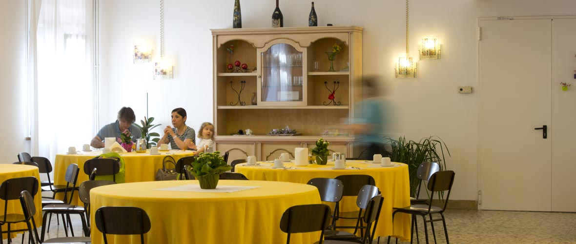 servizi pasti colazione centro della famiglia hospitality